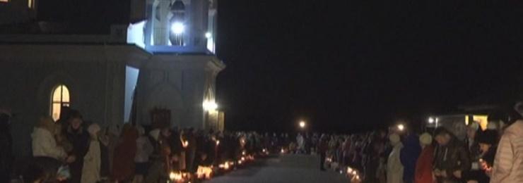 16 апреля тысячи измаильчан пришли в храмы города, чтобы встретить Светлое Воскресение Христово