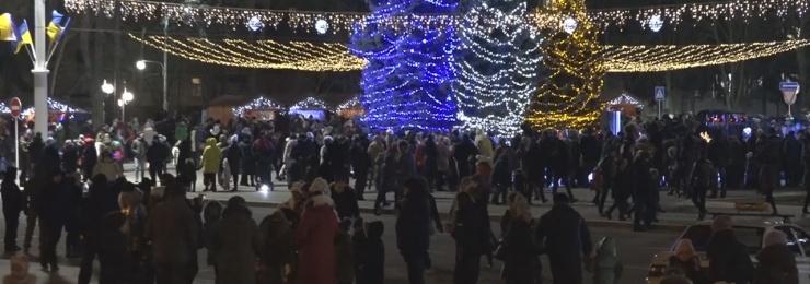 25 грудня віряни відзначали Різдво за григоріанським календарем
