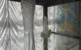 """8 февраля в 12:00 в Измаильской картинной галерее открыта выставка """"Гутное стекло львовских мастеров"""" из новых поступлений ИКГ"""