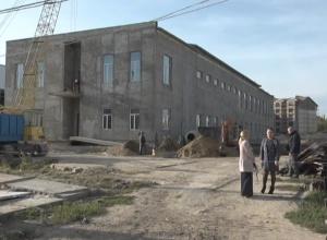 журналисты ведущих СМИ города по приглашению мэра Андрея Абрамченко побывали на территории строительства Дворца спорта