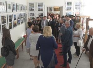 До Дня міста в Ізмаїльській картинній галереї відбулося відкриття одразу трьох виставок